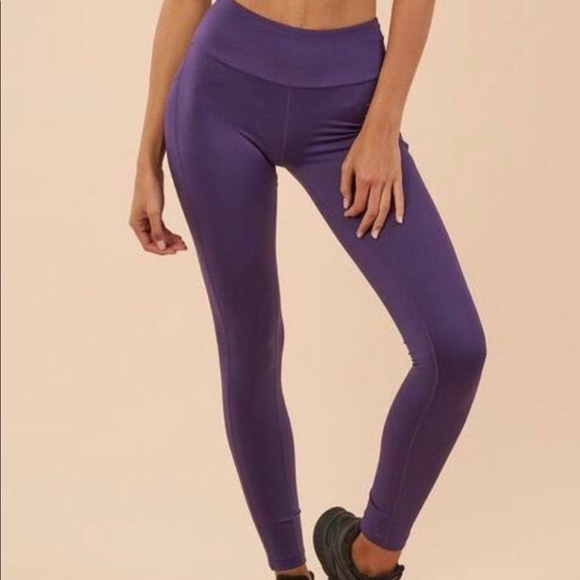 2666b78cda4bb Gymshark Pants | Purple Leggings With Pockets | Poshmark